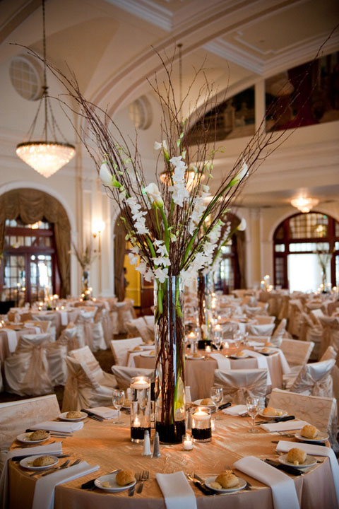 Jeanine s tall centerpiece this setting was done for