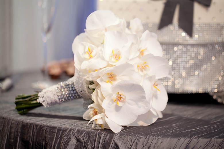 White Orchid Flower Bouquet 9 White Orchid Bouquet