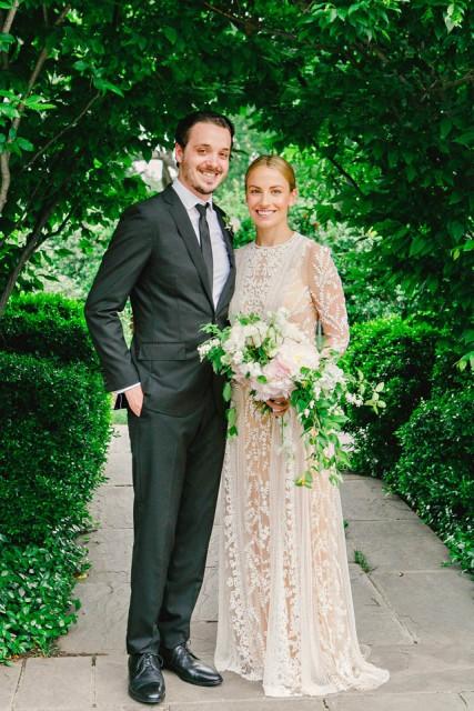 27-Dallas Arboretum Wedding; Blush, Ivory, & Green Wedding; Loose Bouquet