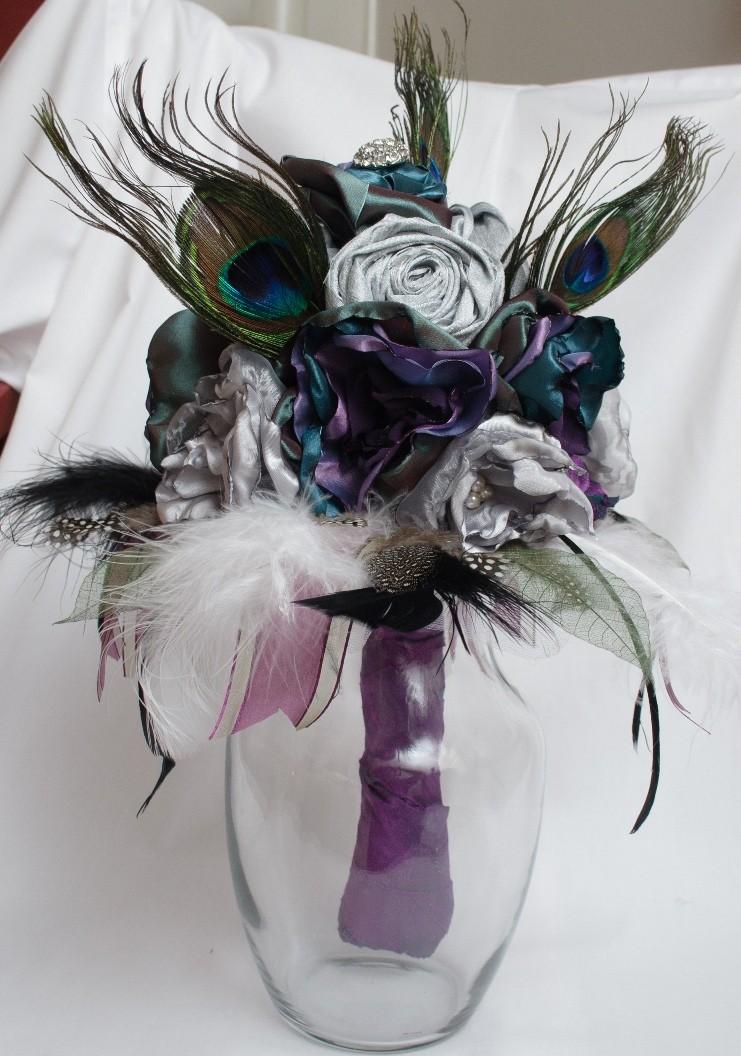 Budget-friendly Idea: An Alternative to the Floral Bridal Bouquet ...