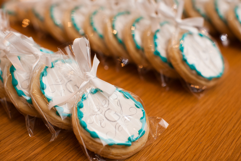 35 Wedding Cookie Favors Coral Blue
