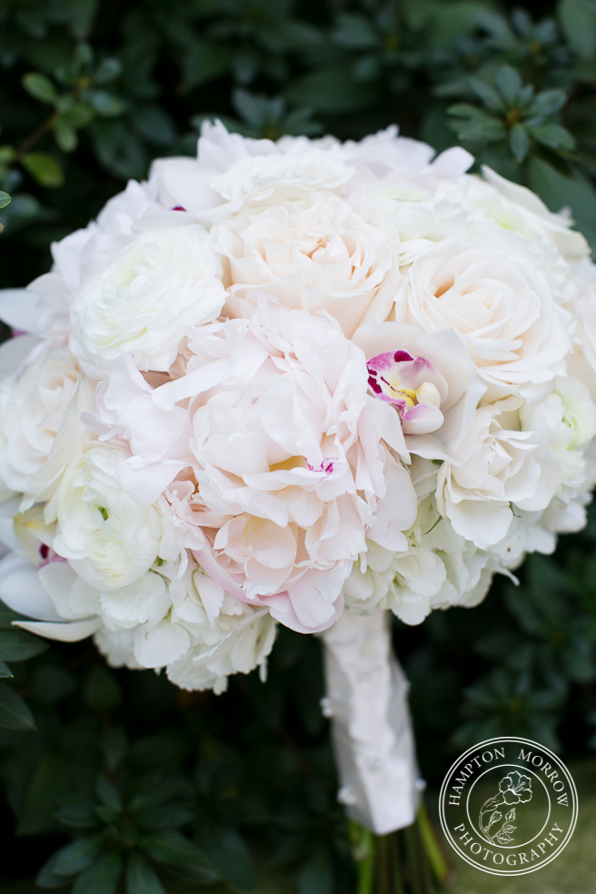 13 White Amp Blush Bouquet