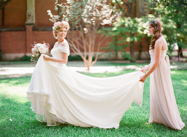 floral-crown-bridal-style-with-photos-from-Taylor-Lord-Photography-8