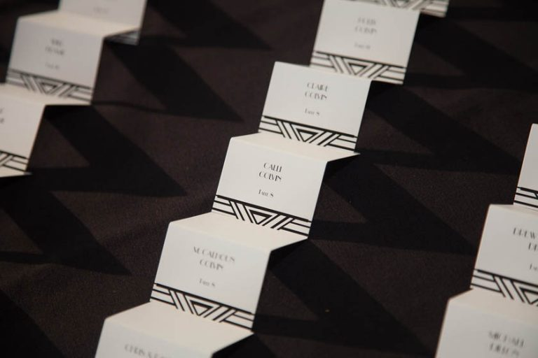 32-Black & White Escort Cards